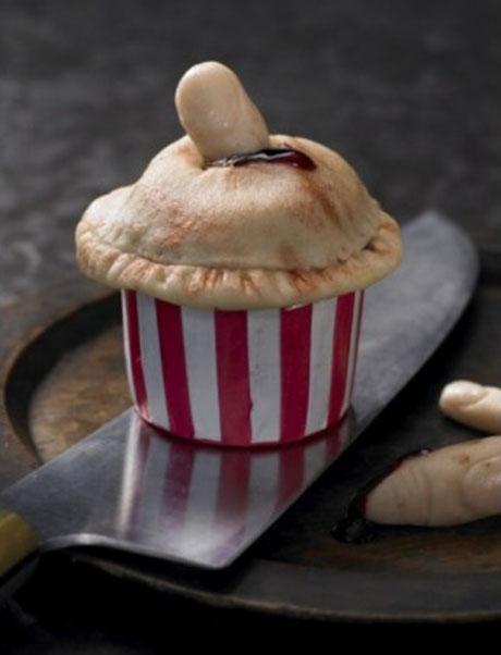 Lily Vanilli finger pie cupcake