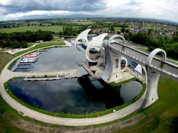 Falkirk-Wheel-from-above
