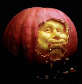 incredible-pumpkin-carvings-by-villafane-studios-o