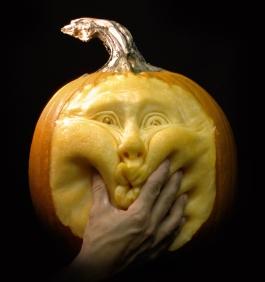 Ray-Villafane`s-pumpkin-11954